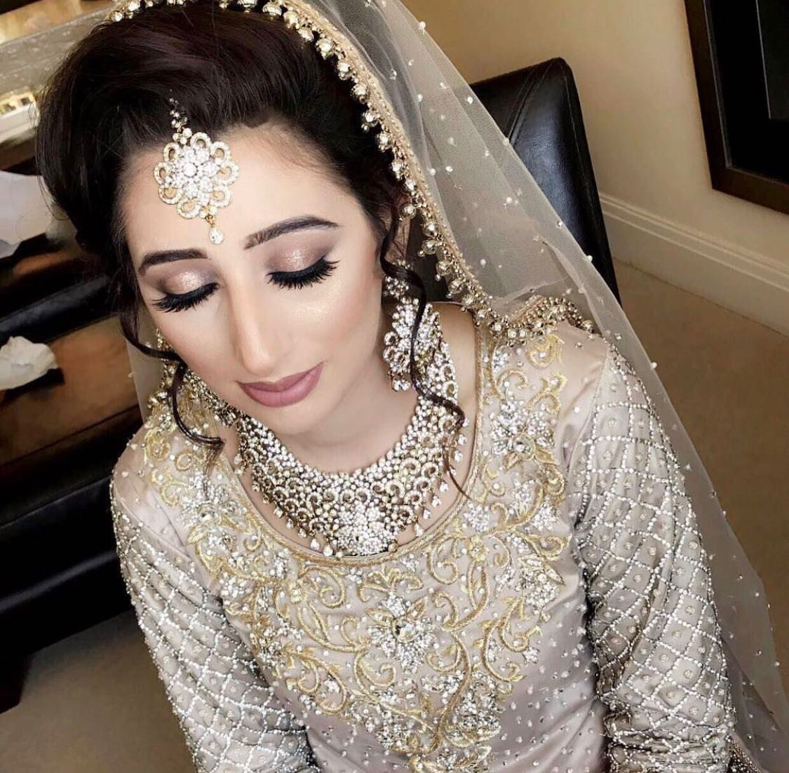 nigaar-beauty-makeup-artist-delhi-ncr