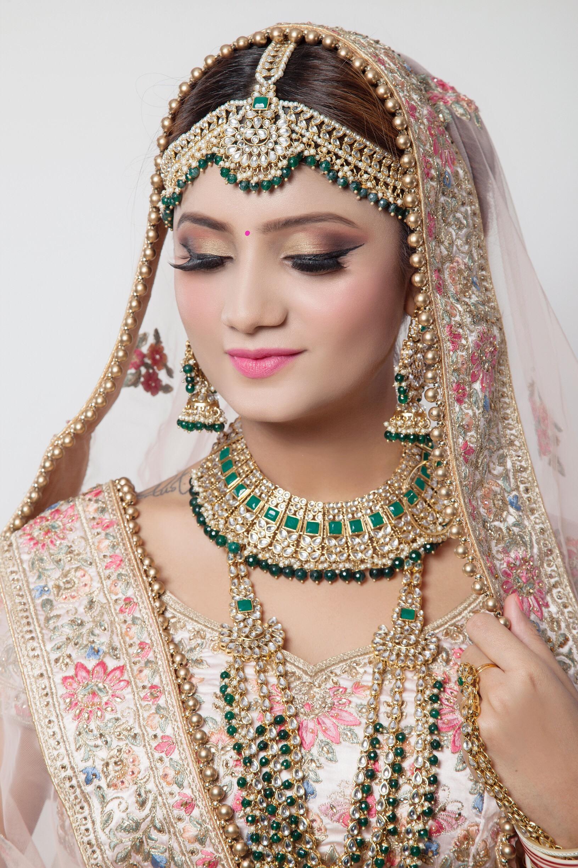 shruti-goel-makeup-artist-delhi-ncr