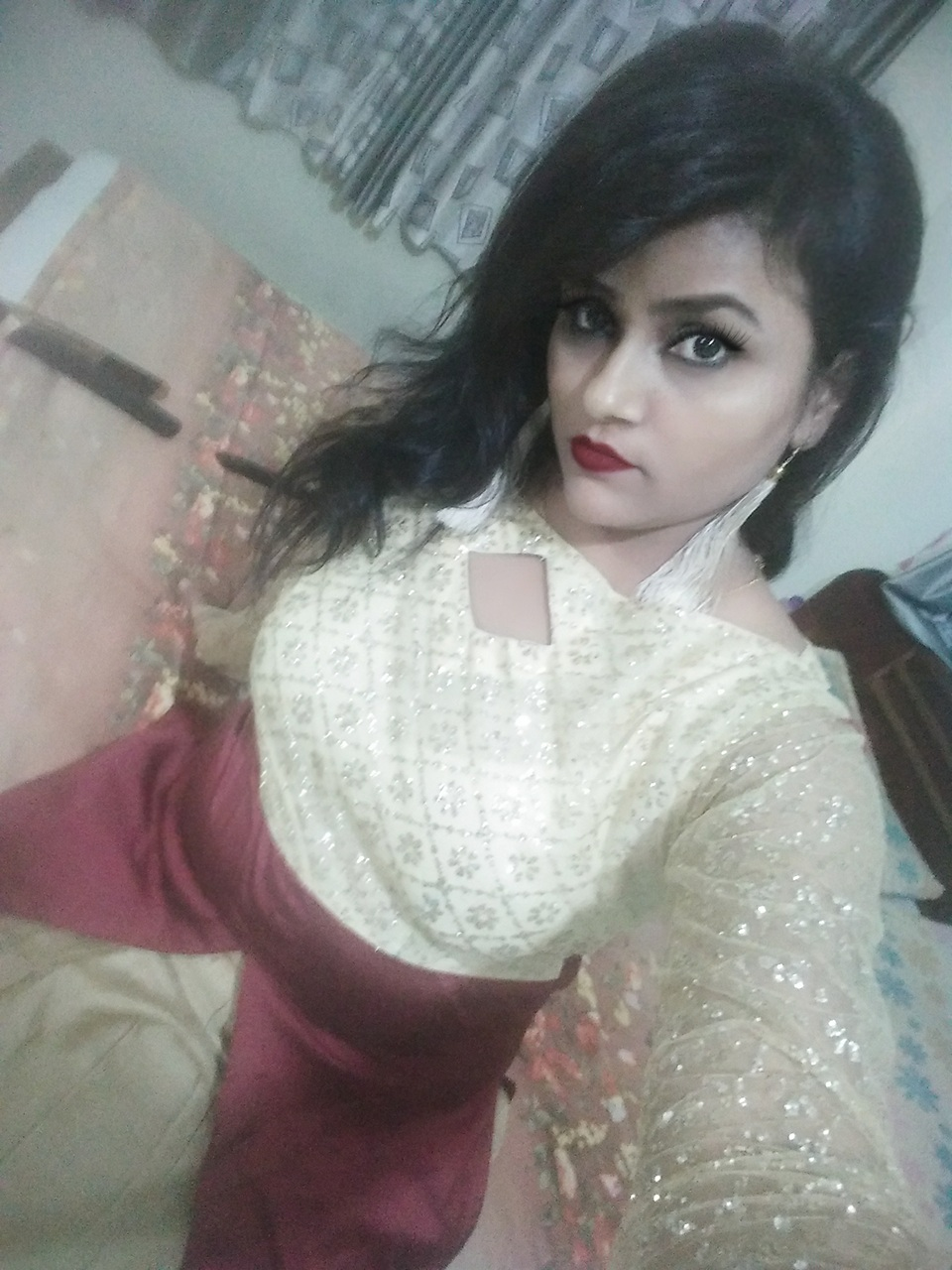 bold-is-gold-by-sandhya-singh-makeup-artist-nagpur