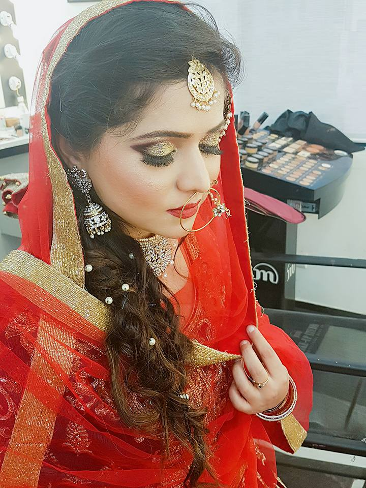 makeup-artist-neha-thakur-makeup-artist-delhi-ncr