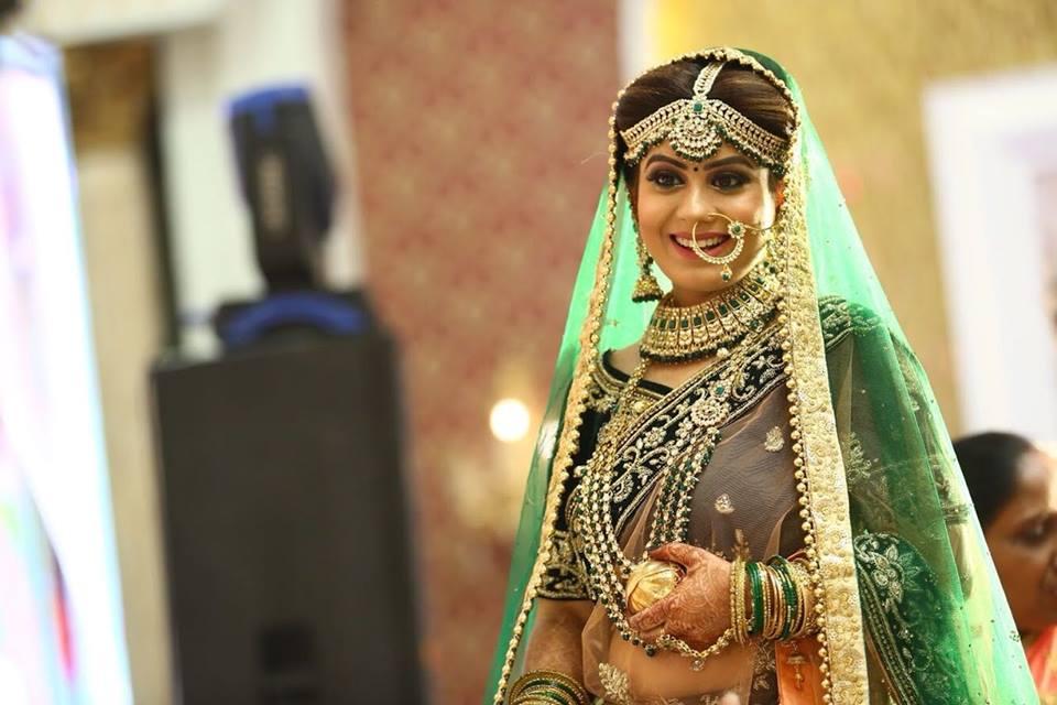 kanika-maheshwari-makeup-artist-delhi-ncr