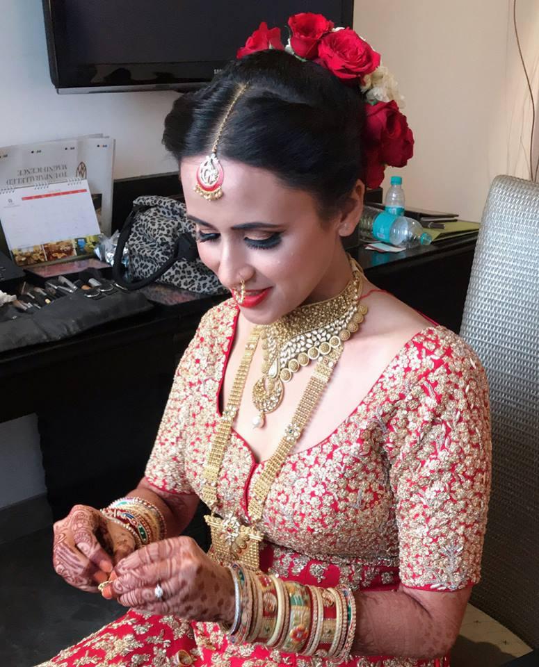 mannat-bindra-makeup-artist-delhi-ncr