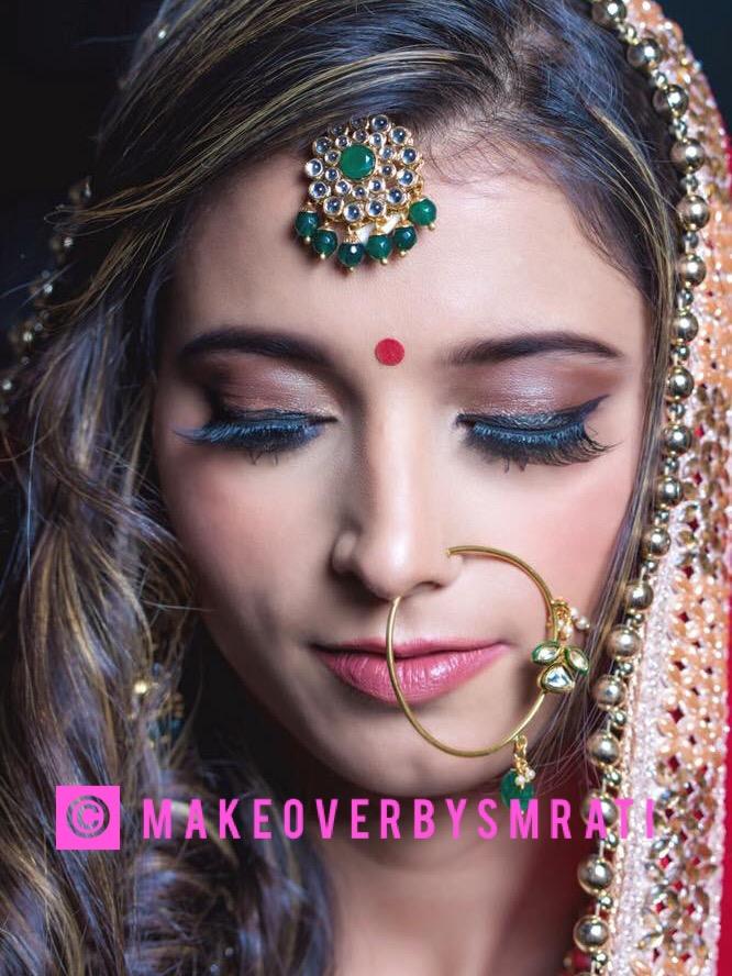 smrati-gupta-makeup-artist-delhi-ncr