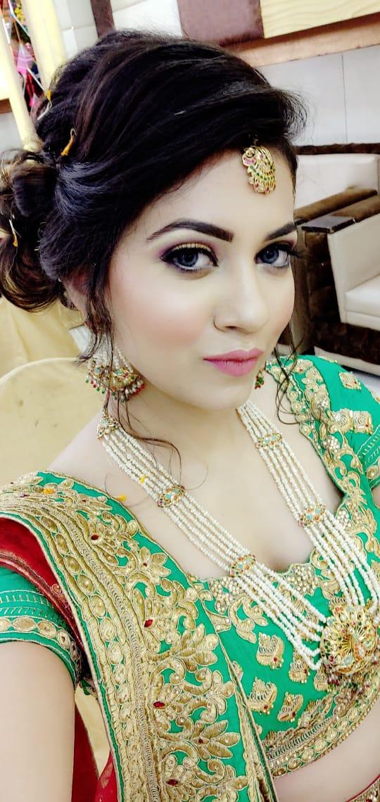 saanvi-makeup-artist-delhi-ncr
