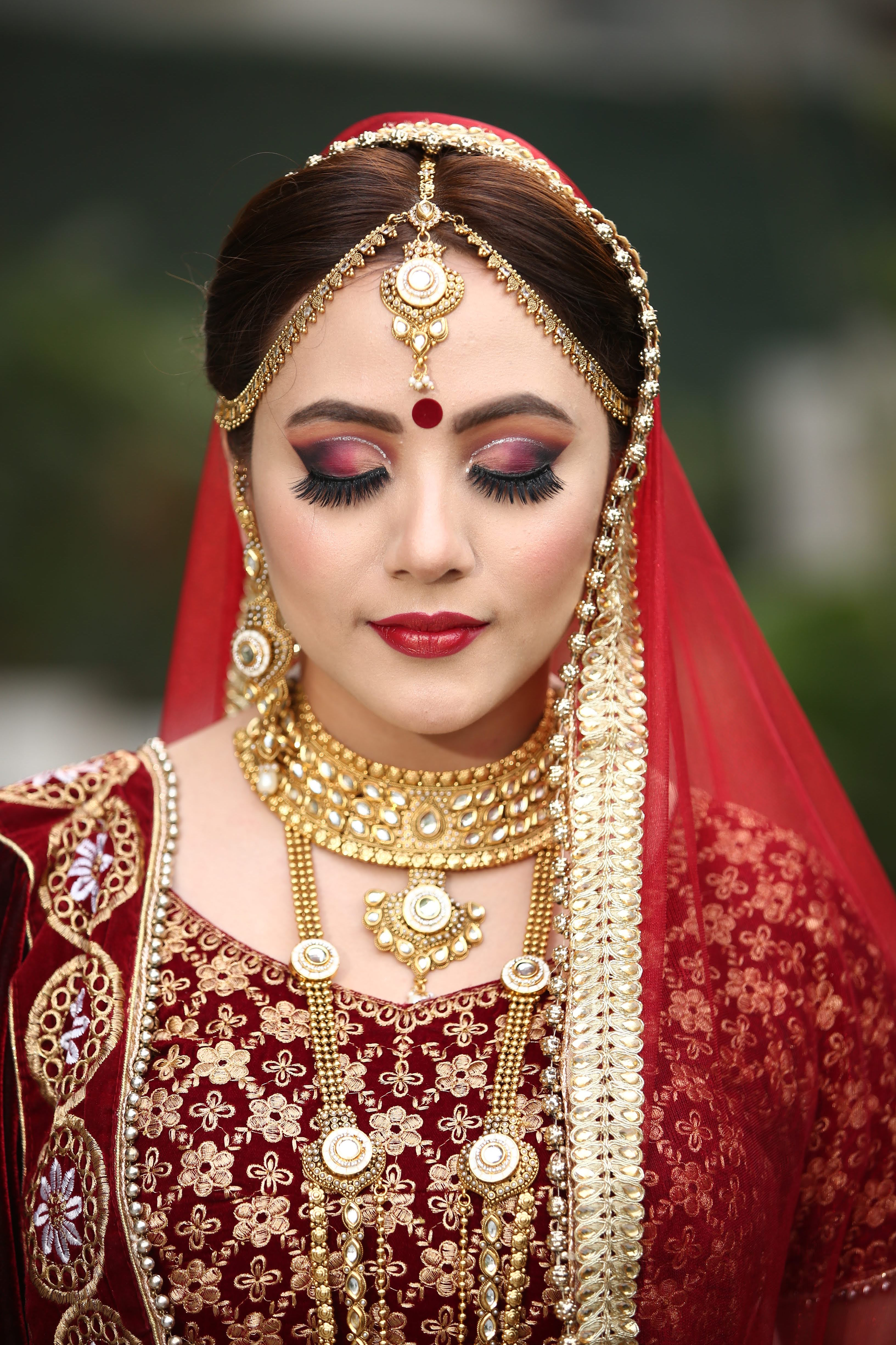 parul-makeup-artist-delhi-ncr