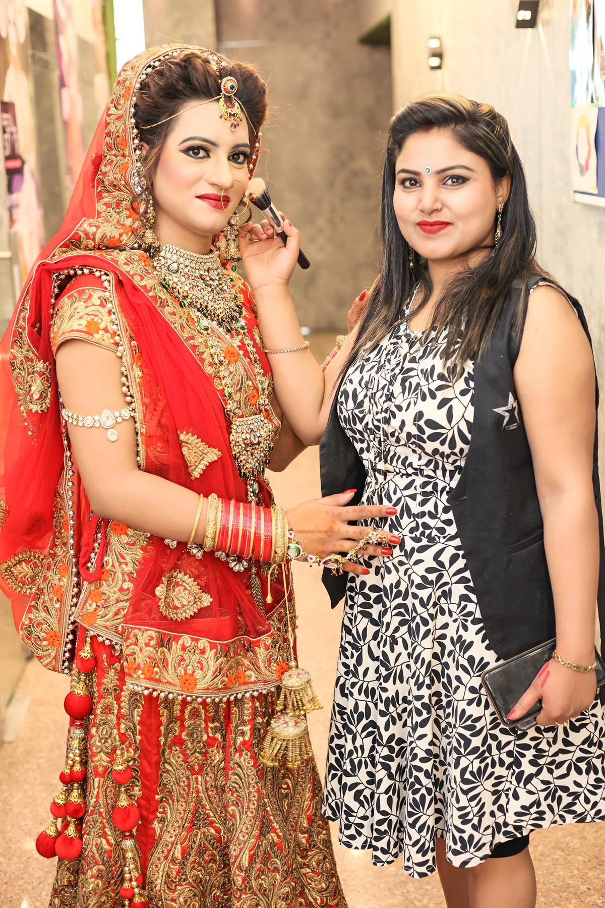 anuradha-gautam-makeup-artist-delhi-ncr