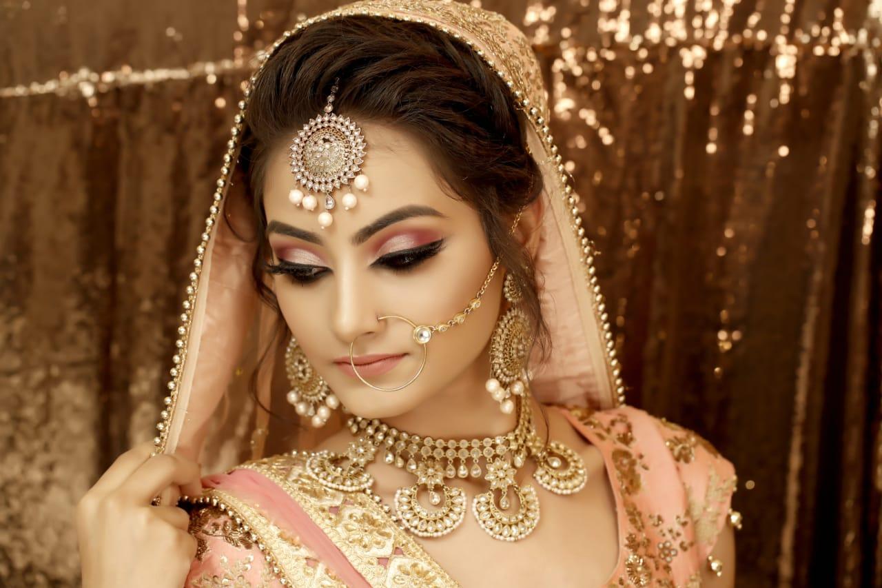 meenu-sahni-makeup-artist-amritsar
