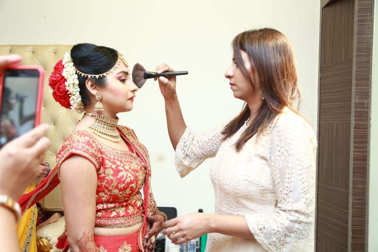 leena-pitale-makeup-artist-mumbai