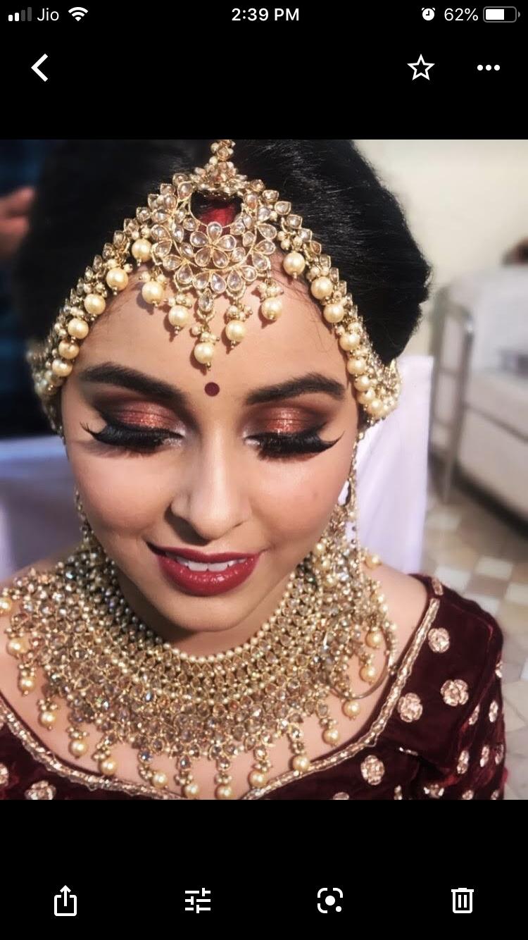 shruti-dixit-makeup-artist-delhi-ncr