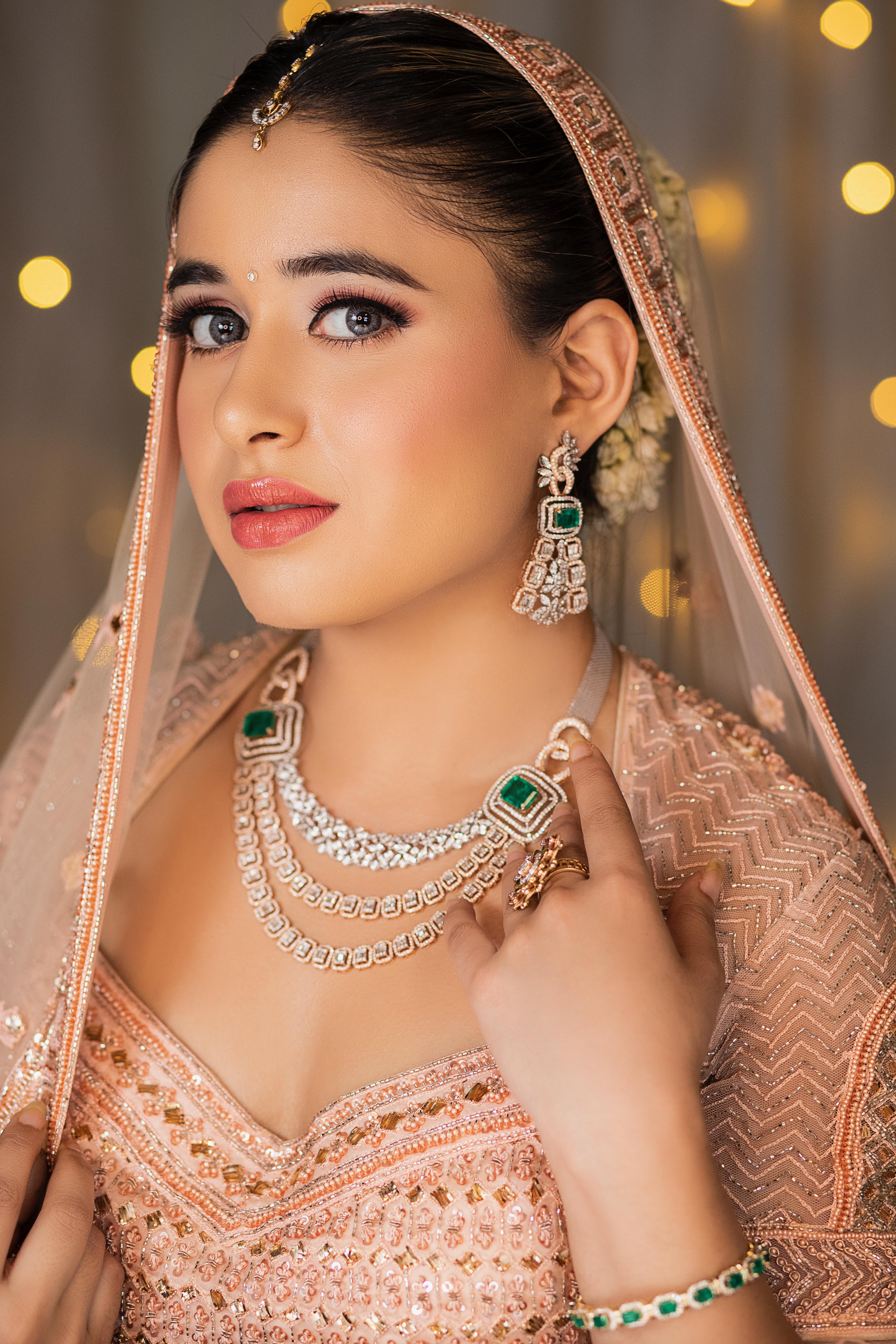 neha-devgan-makeup-artist-delhi-ncr