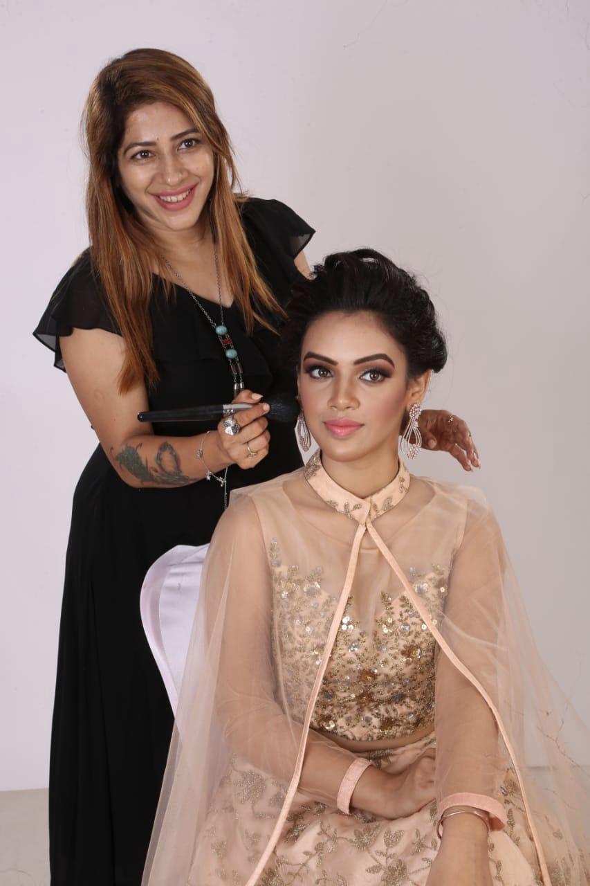 jagruti-aur-makeup-artist-mumbai