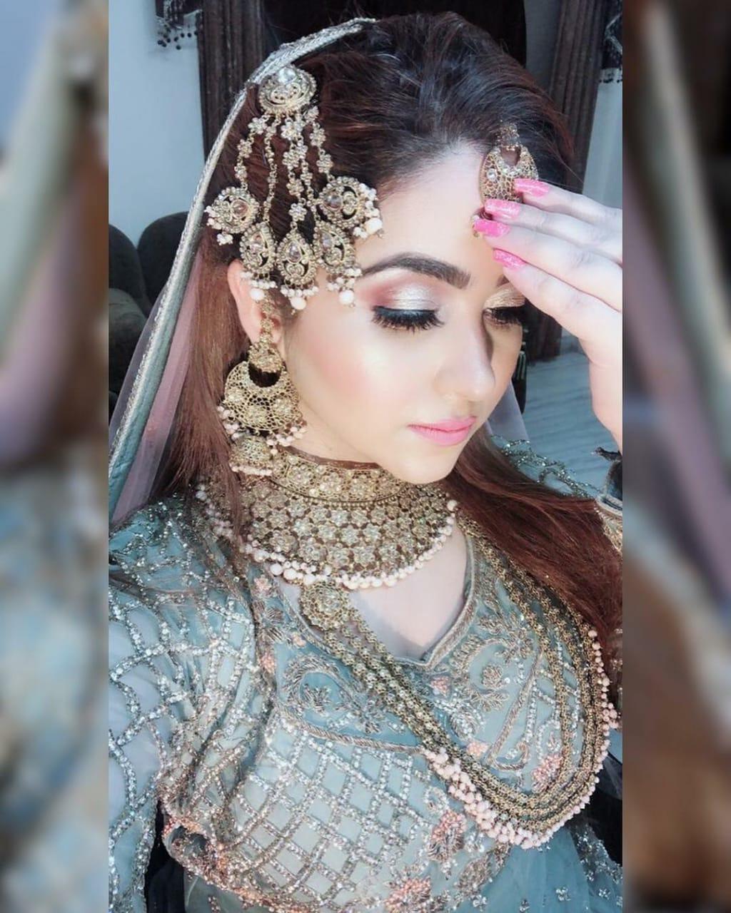 sheena-pahwa-makeup-artist-jalandhar
