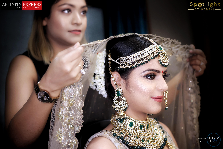 gamini-wadhawan-makeup-artist-delhi-ncr