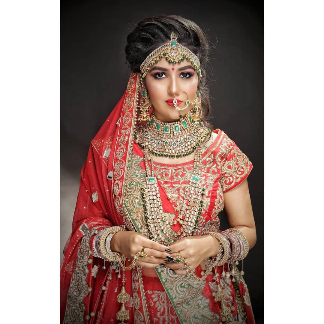 deepti-srivastava-makeup-artist-delhi-ncr