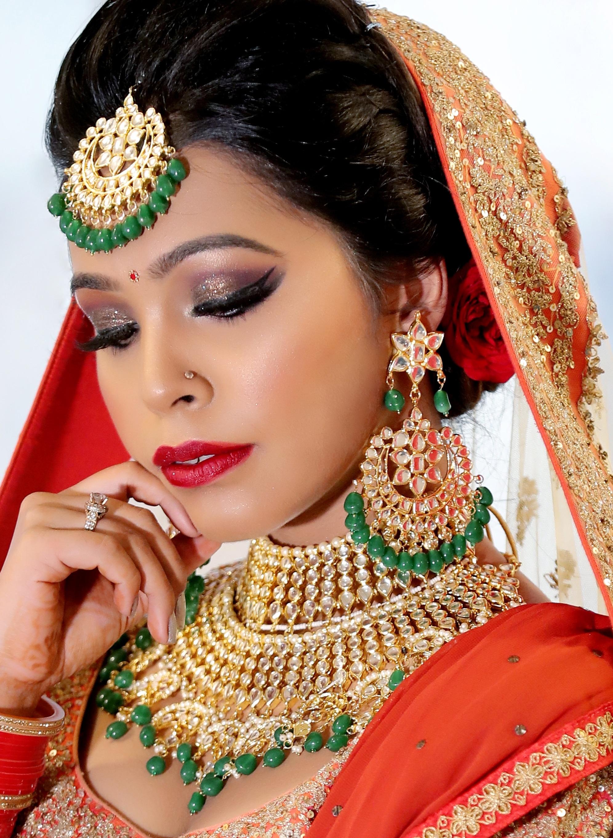 anupma-sharma-makeup-artist-delhi-ncr