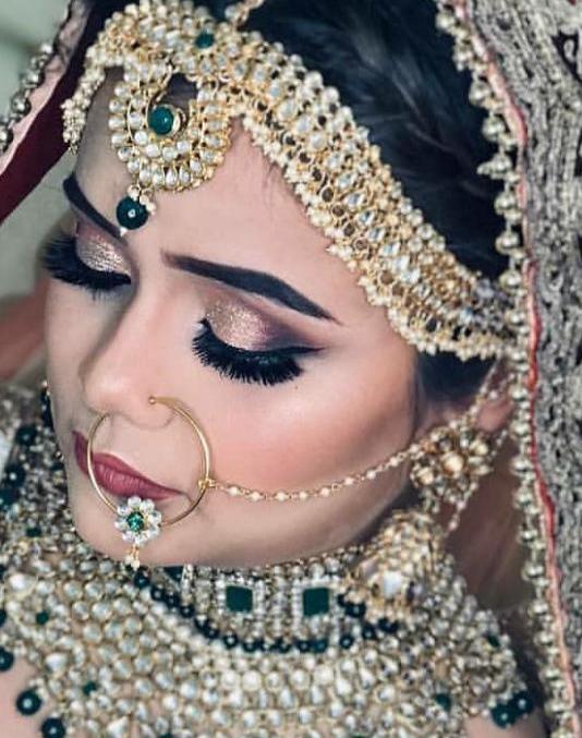 meenu-singh-makeup-artist-delhi-ncr
