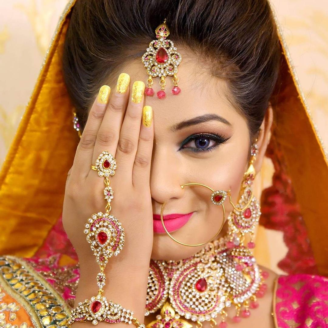 anju-bhutani-makeup-artist-delhi-ncr
