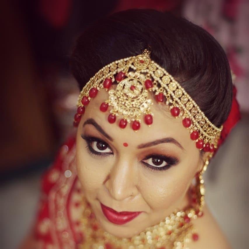 pooja-chauhan-makeup-artist-delhi-ncr