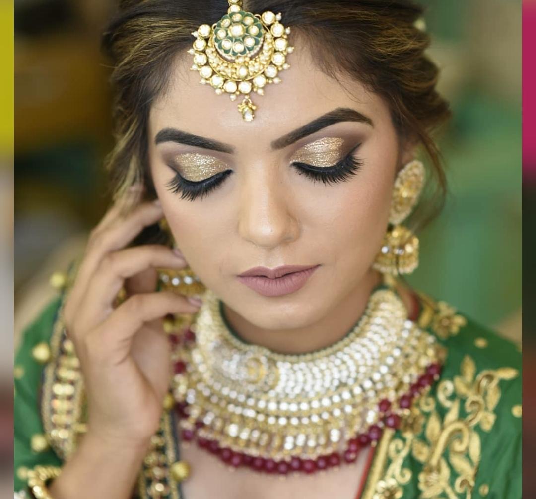 bhumika-shingala-makeup-artist-gujarat