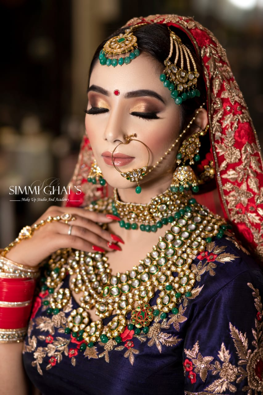 simmi-ghai-makeup-artist-delhi-ncr