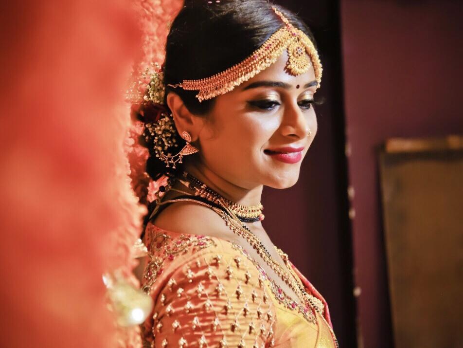 anshita-gupta-makeup-artist-jaipur