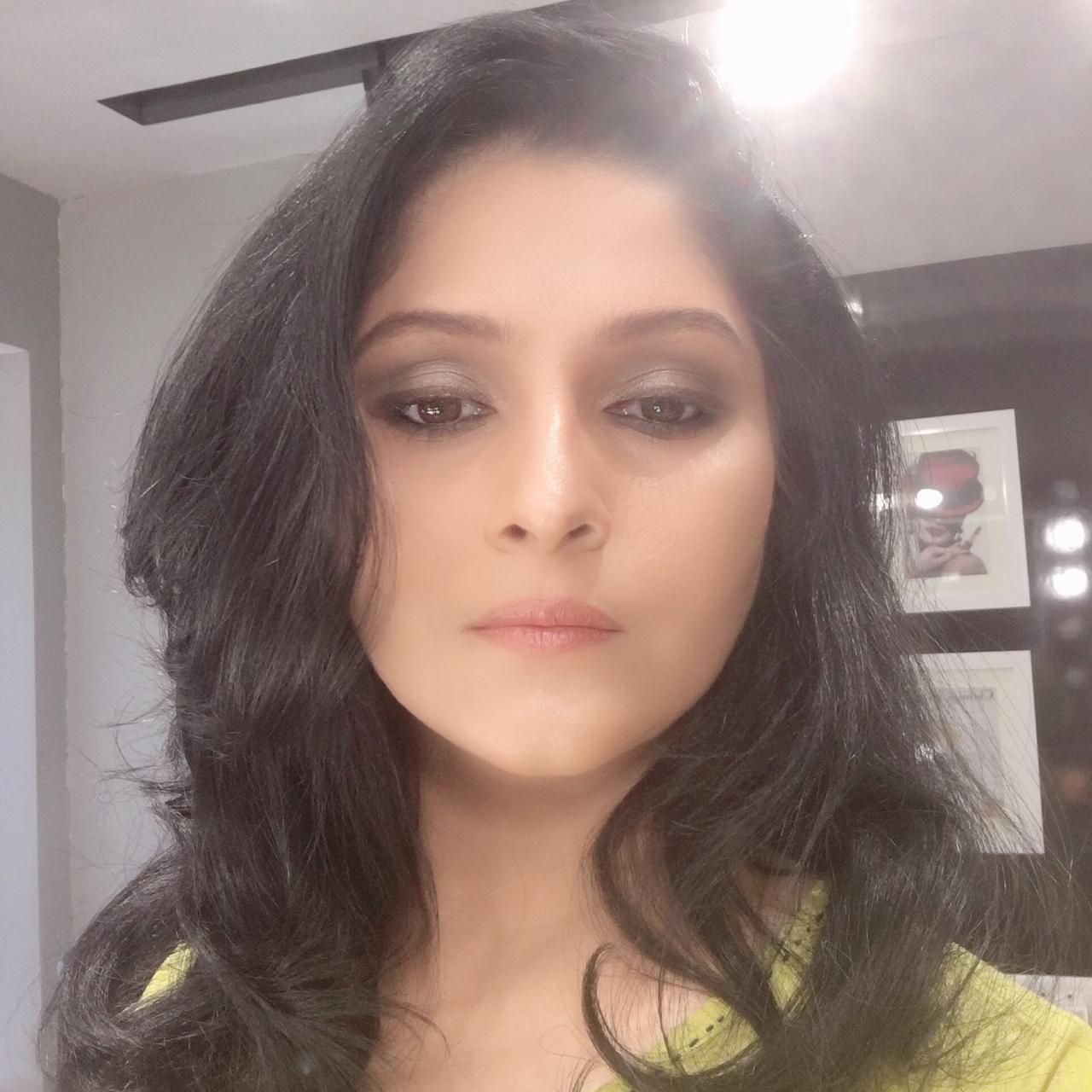 vidya-vanka-makeup-artist-hyderabad