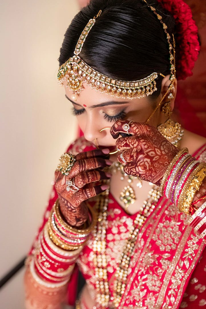 survi-rathi-makeup-artist-mumbai