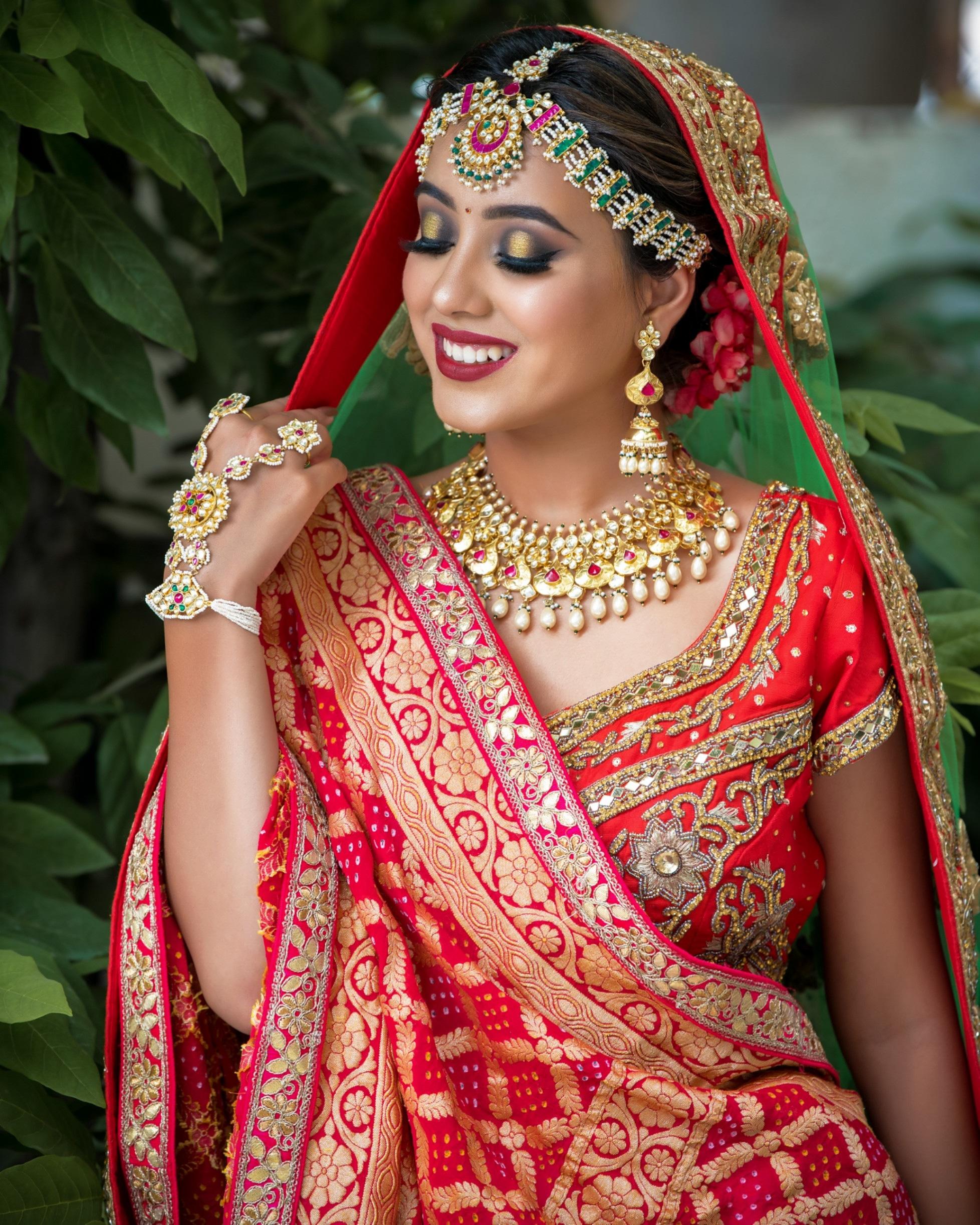 riddhi-trivedi-makeup-artist-ahmedabad