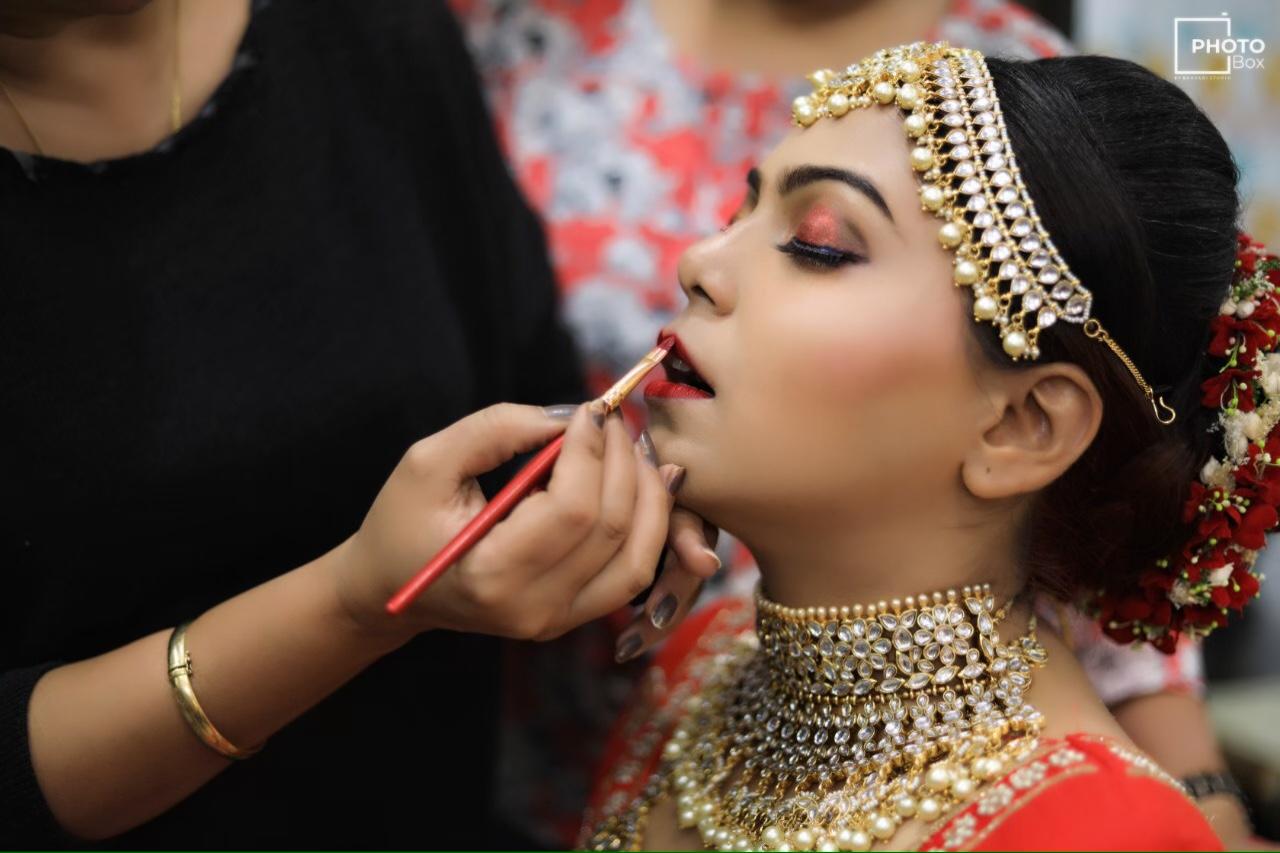 deepali-tulsani-makeup-artist-ahmedabad
