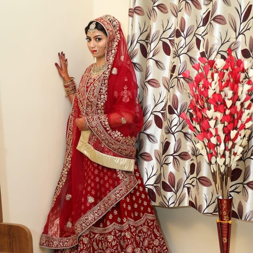 gulnaz-dalwai-makeup-artist-mumbai