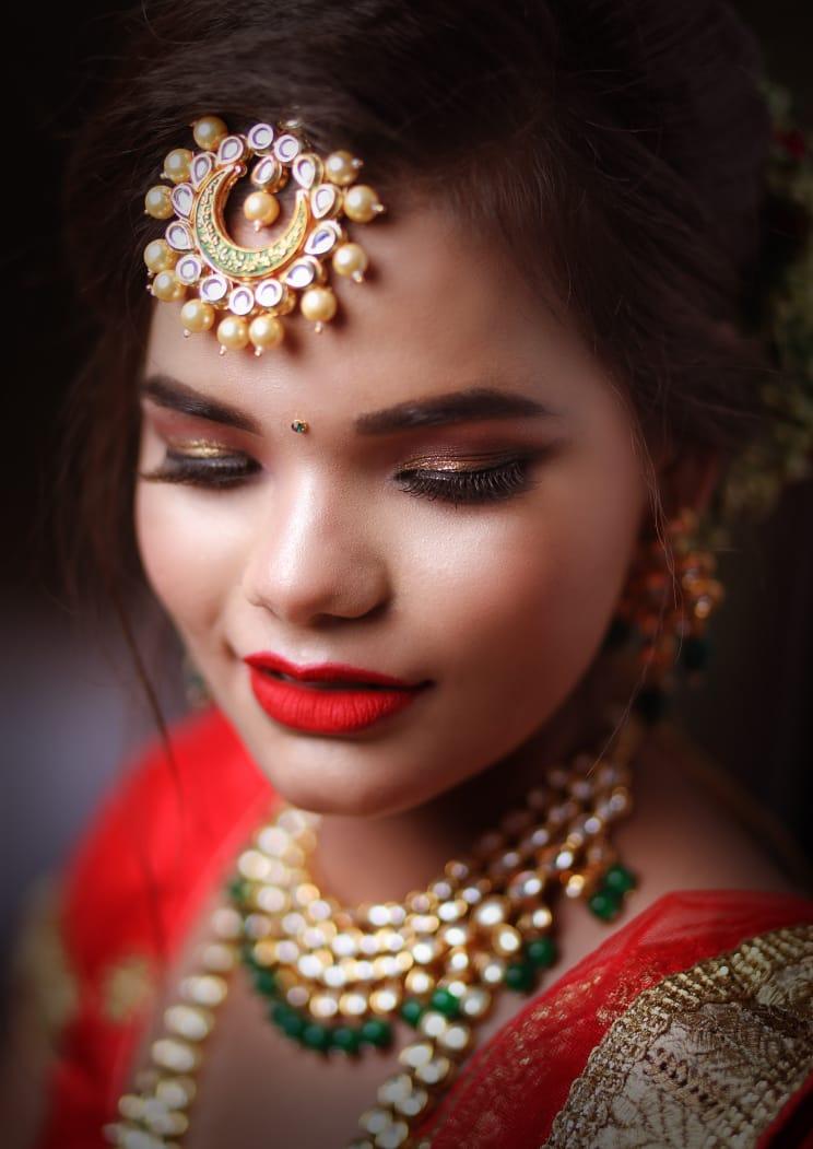 mandavi-makeovers-makeup-artist-lucknow
