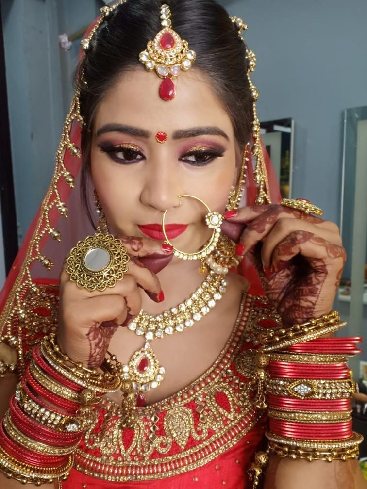 jasvir-kaur-makeup-artist-delhi-ncr
