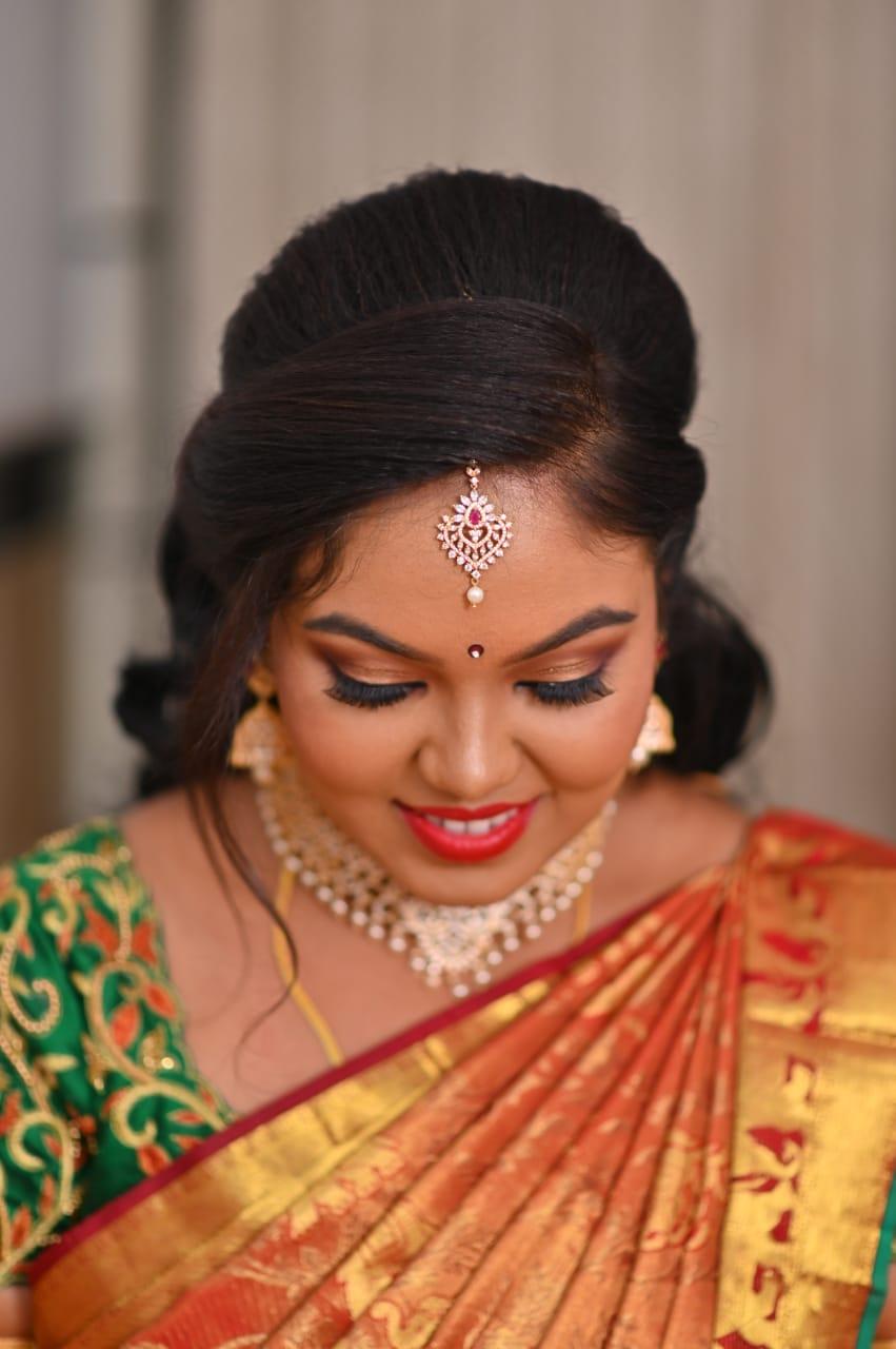 sunitha-makeup-artist-bangalore-olready