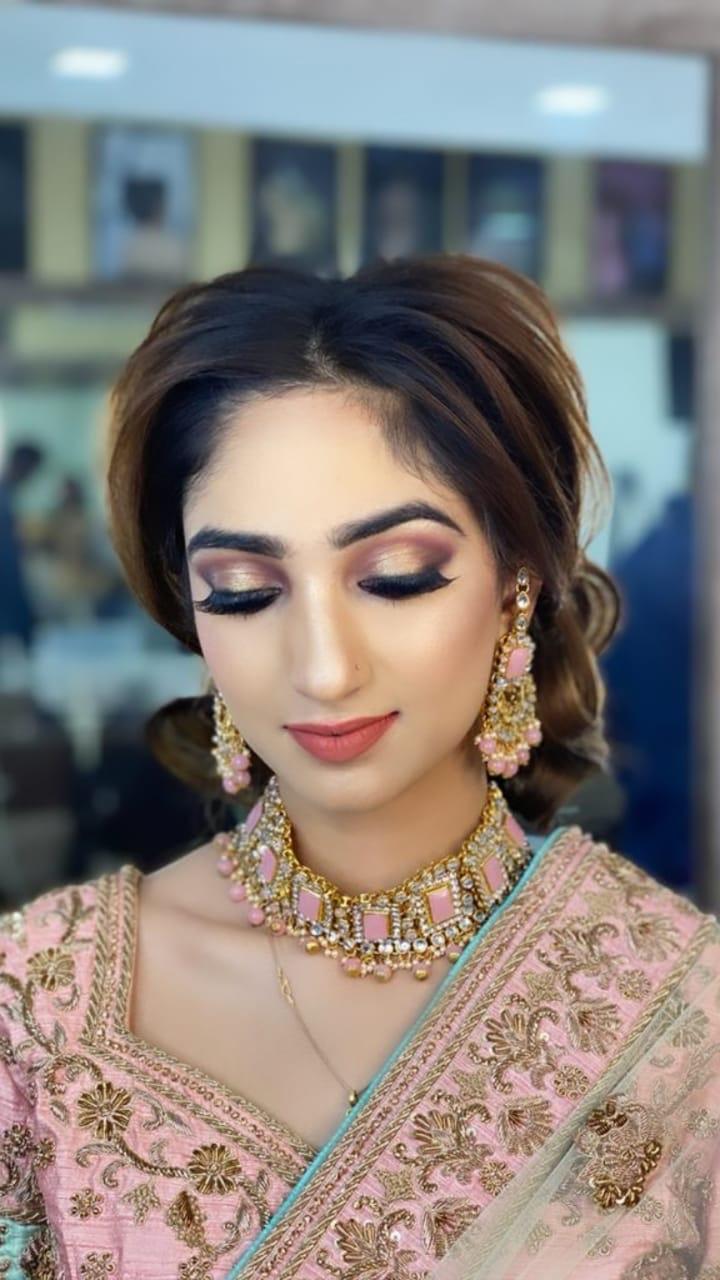 sonia-manchanda-makeup-artist-delhi-ncr
