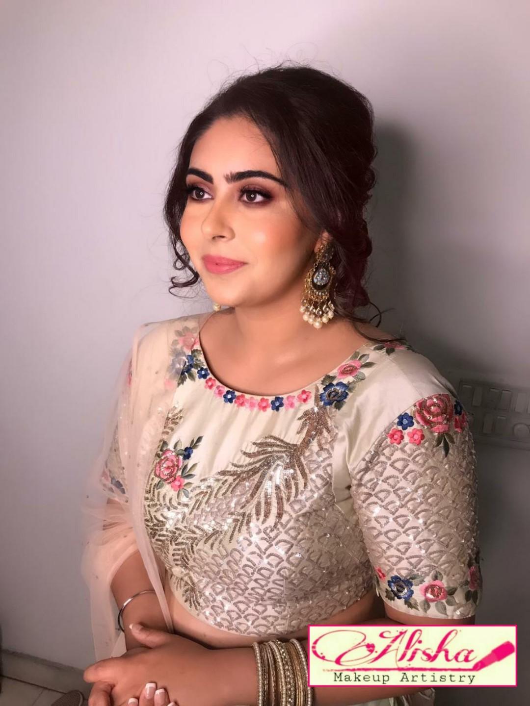 alisha-bhatia-makeup-artist-delhi-ncr