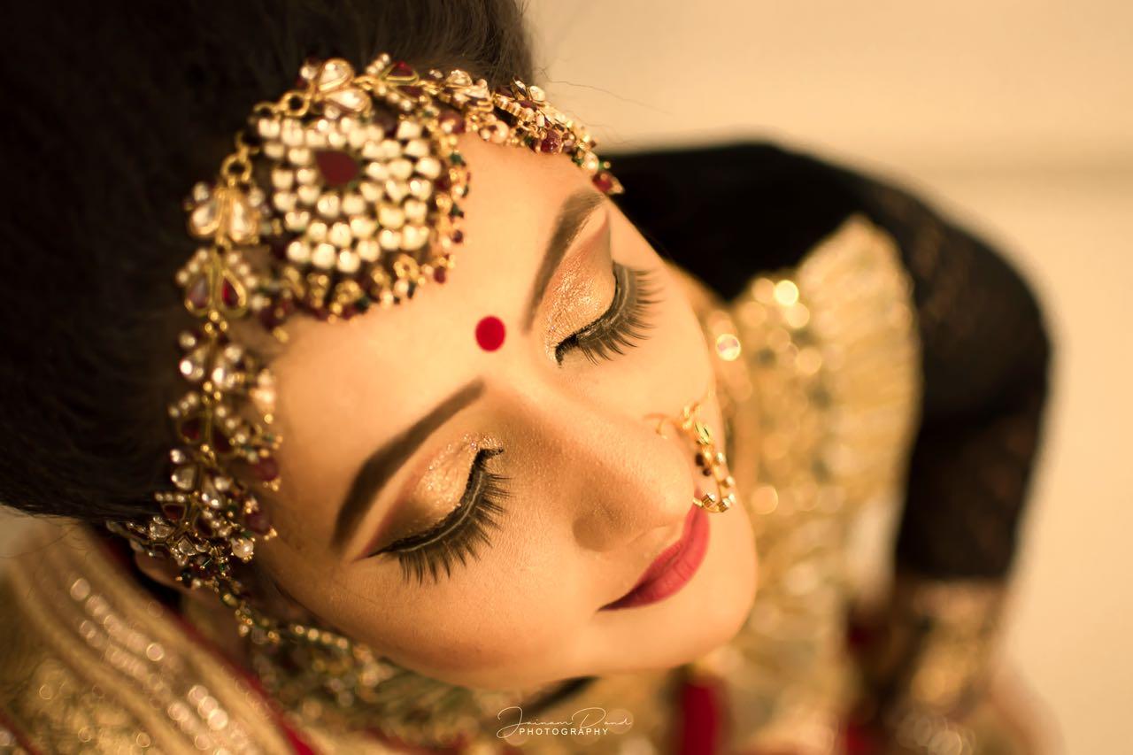 pooja-sarvaiya-makeup-artist-ahmedabad