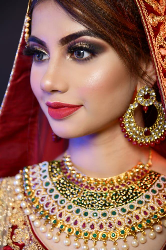 amrein-syed-makeup-artist-bangalore