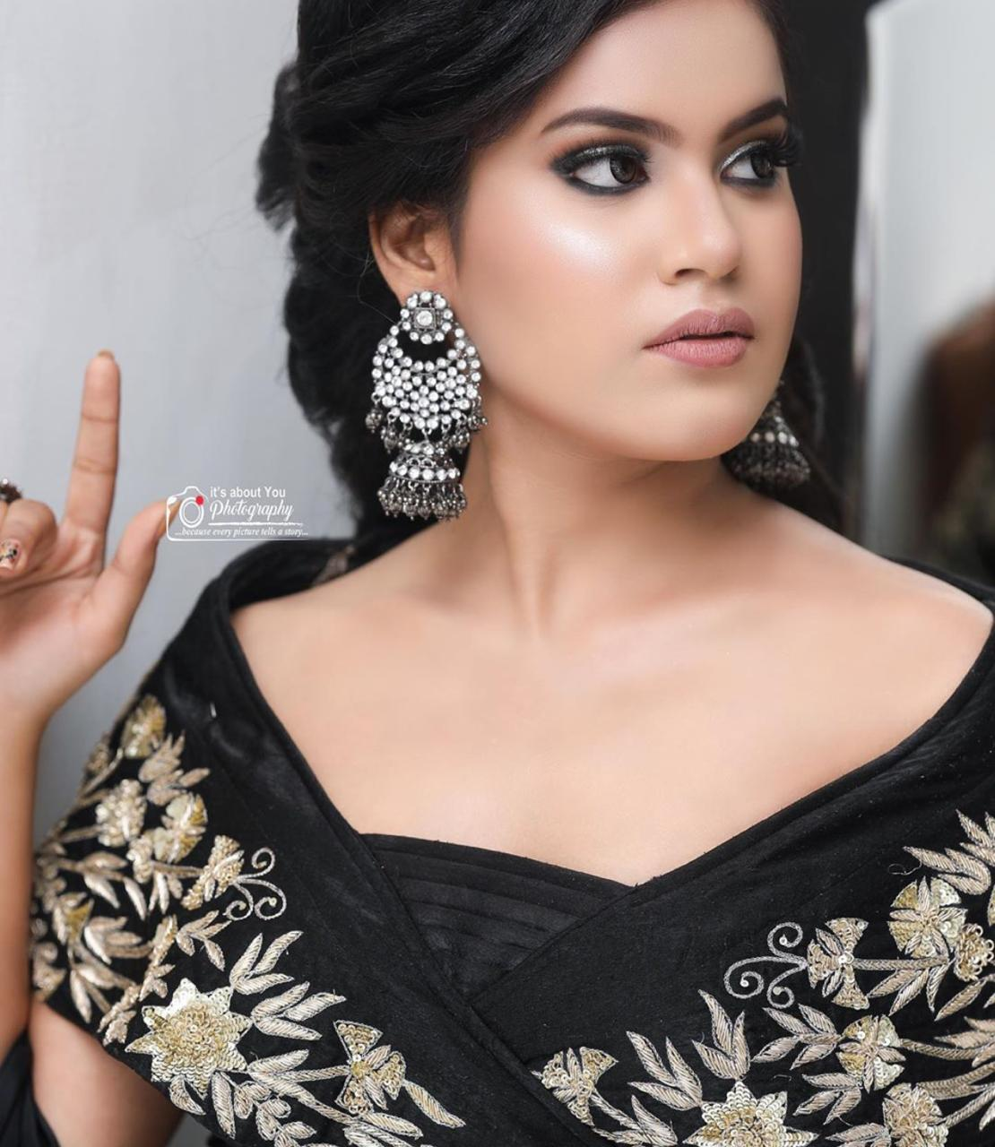 riya-narang-makeup-artist-ludhiana