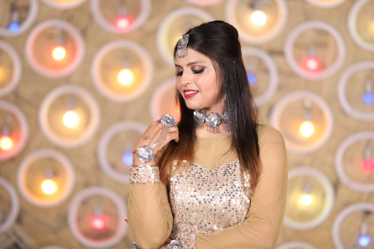 tina-sawnani-makeup-artist-mumbai