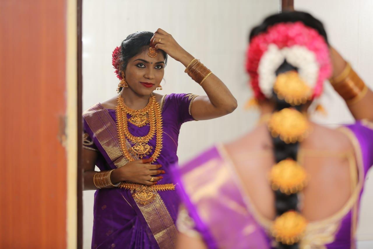 p-gayathri-makeup-artist-chennai