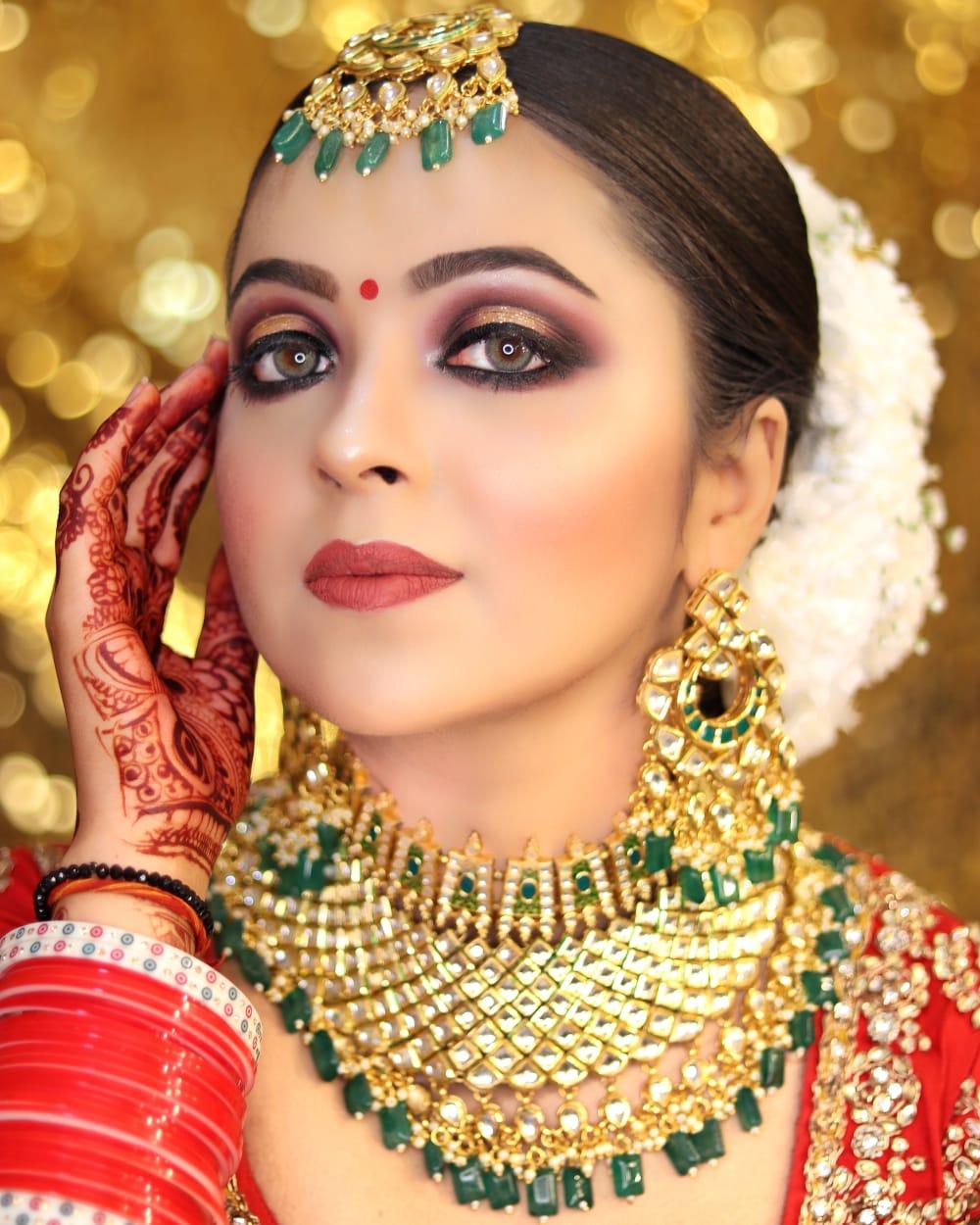 ritu-khanna-makeup-artist-delhi-ncr