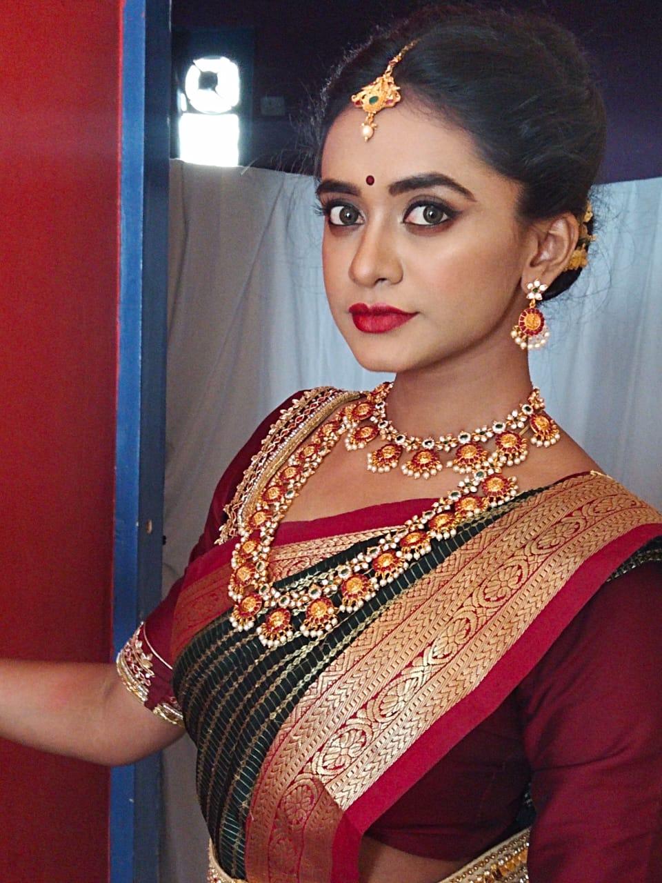 sreevalsan-makeup-artist-bangalore