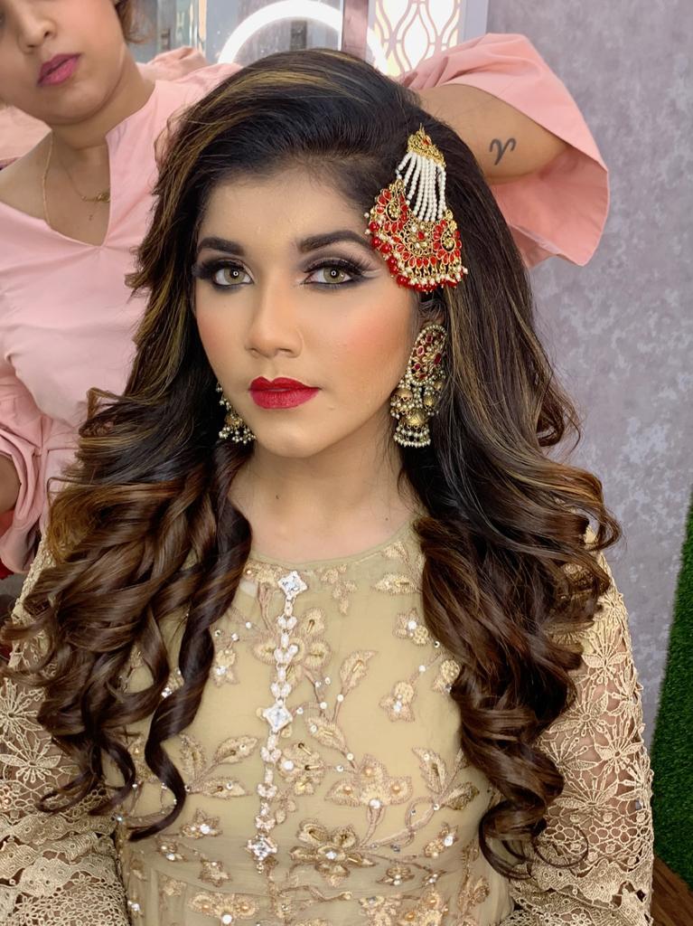 saaniya-lakdawala-makeup-artist-mumbai