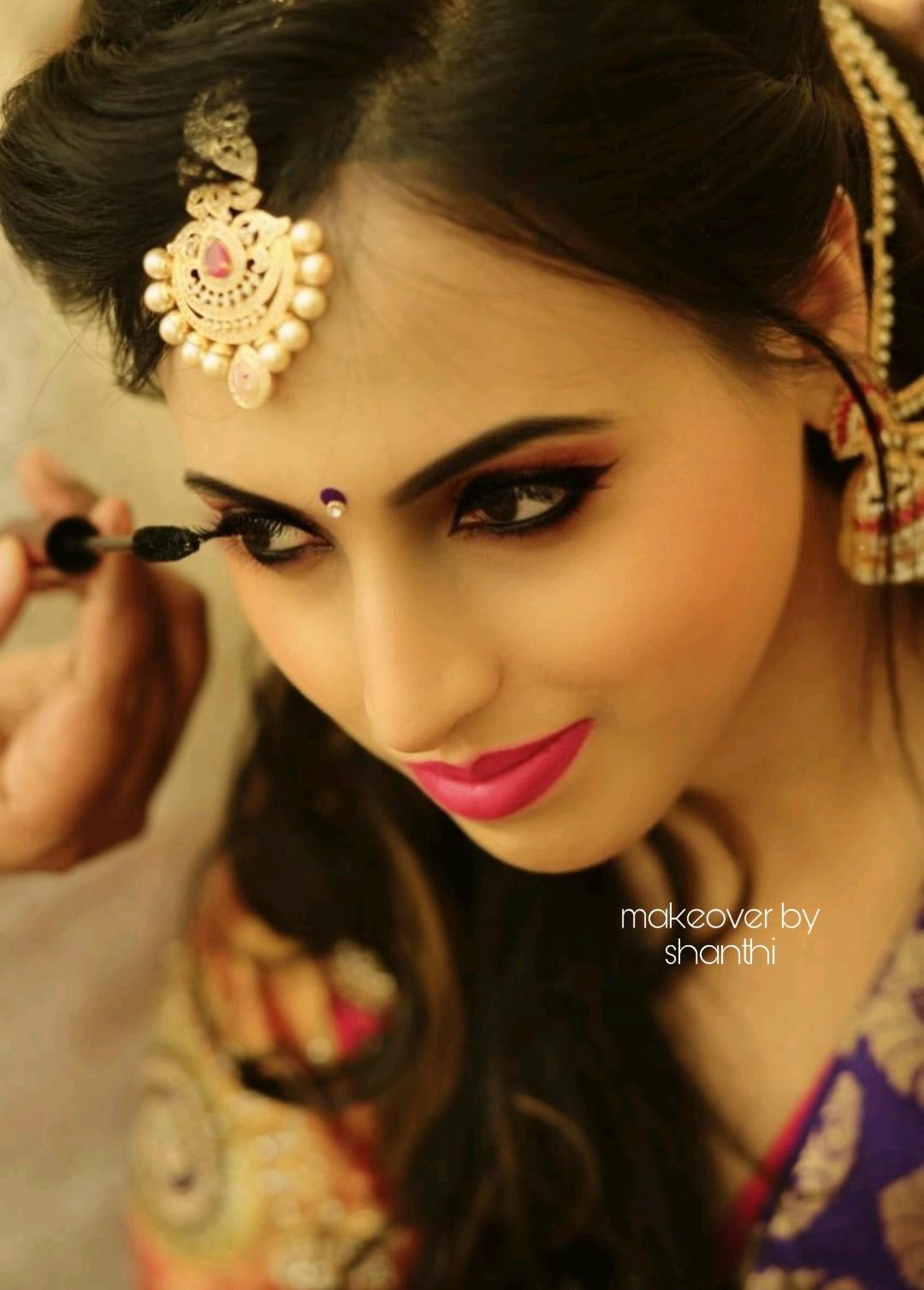 shanthi-shine-makeup-artist-bangalore