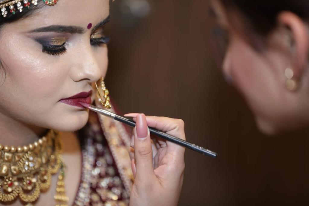 naishaa-parekh-makeup-artist-mumbai