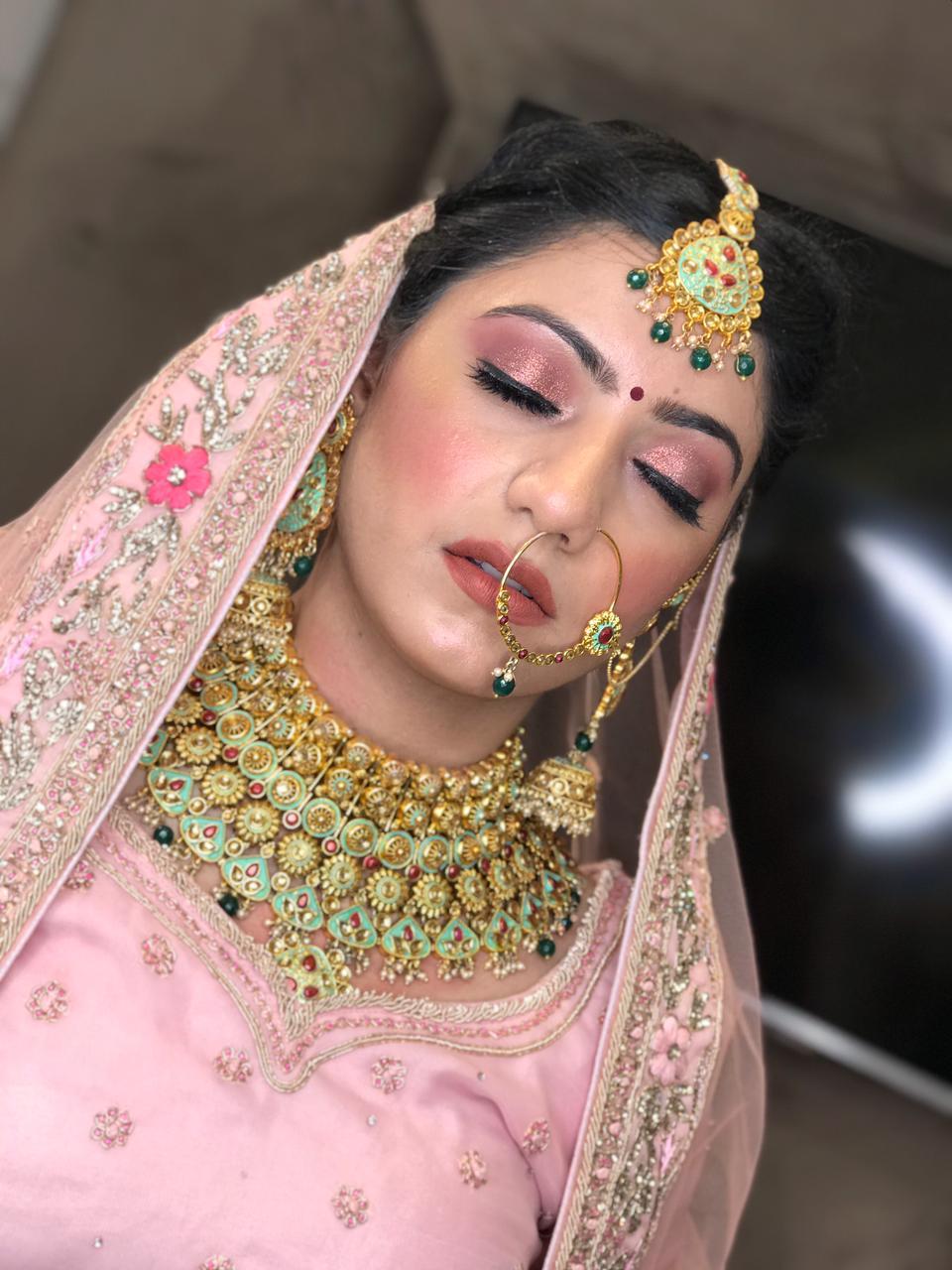 manveet-kaur-makeup-artist-punjab
