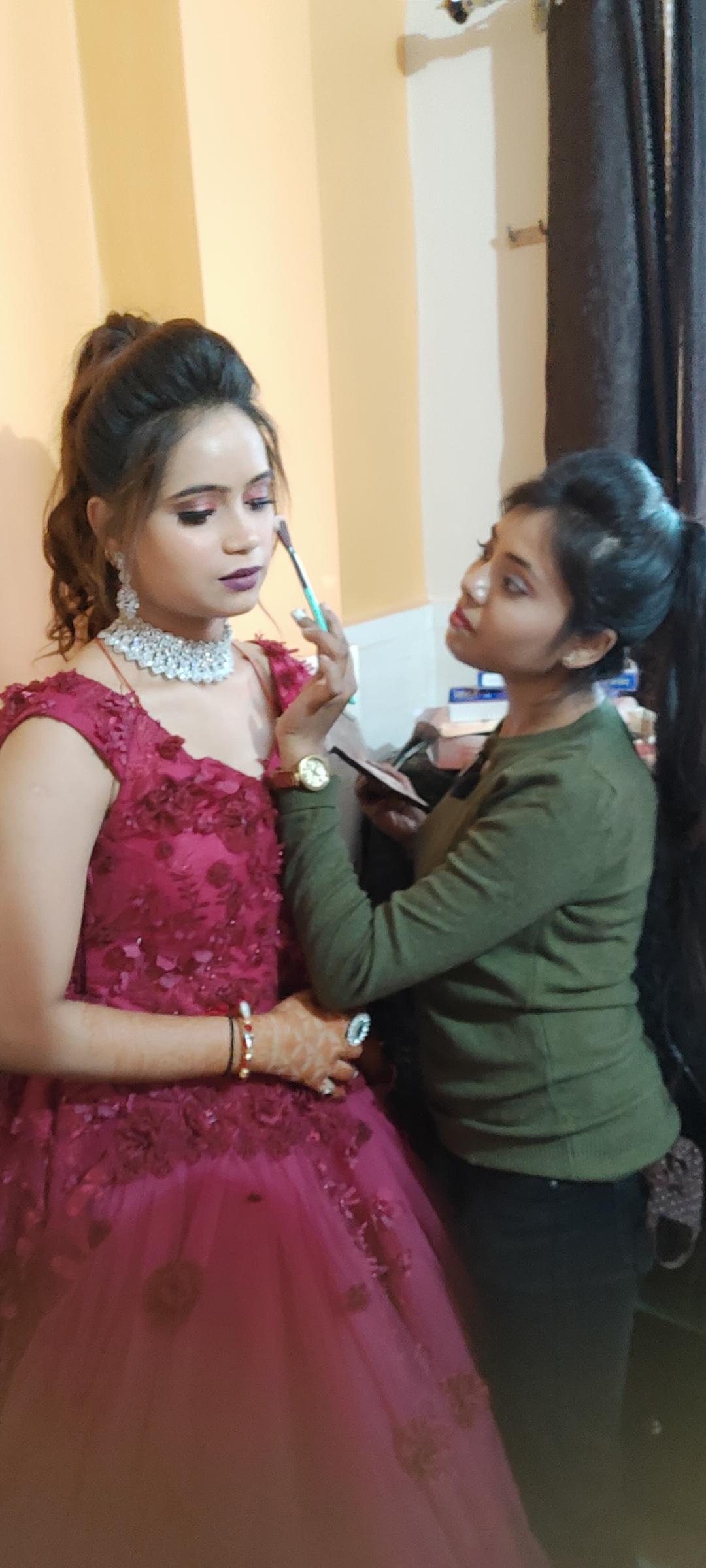 twinkle-makeovers-makeup-artist-delhi-ncr