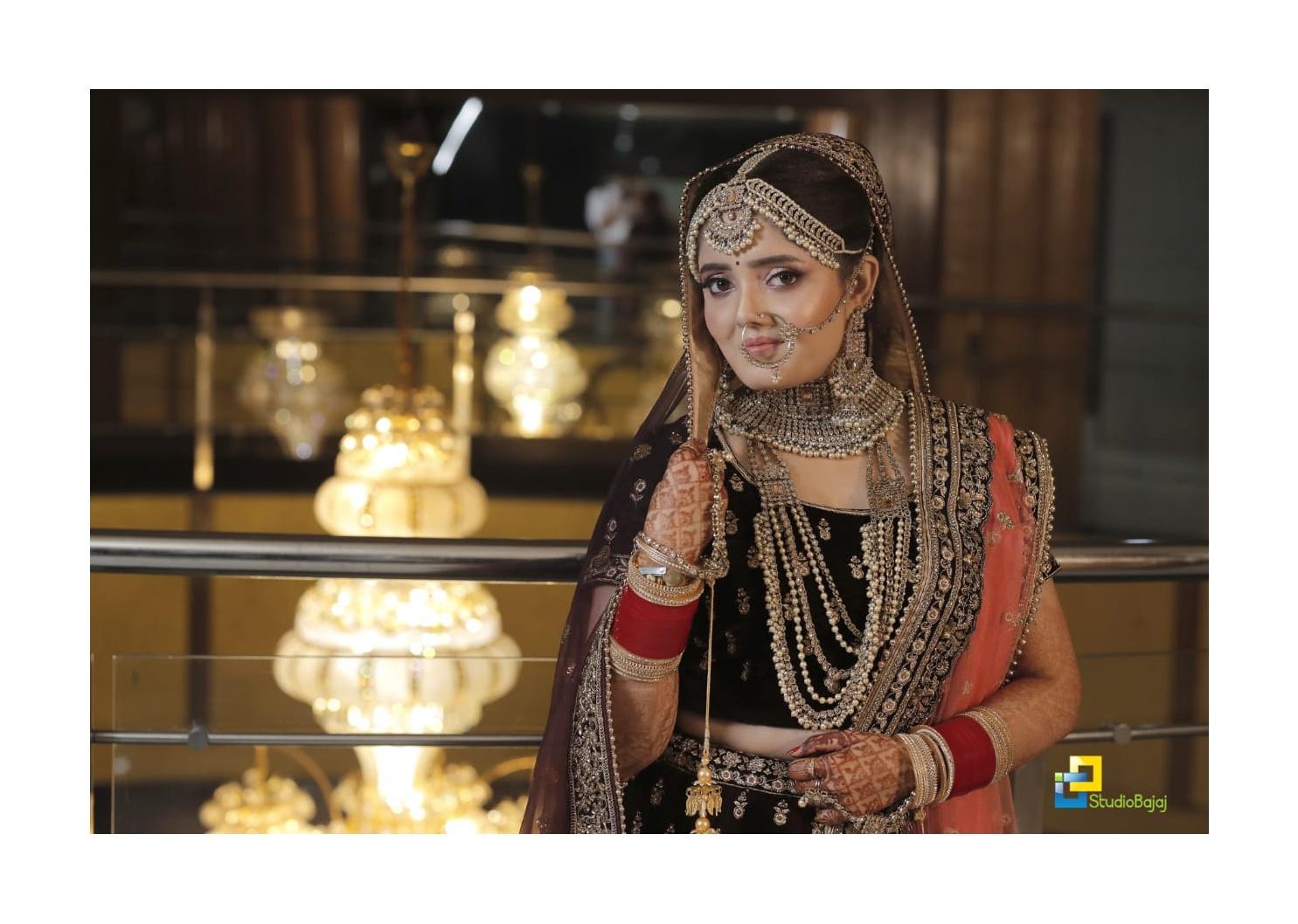 sharan-bhambra-makeup-artist-chandigarh