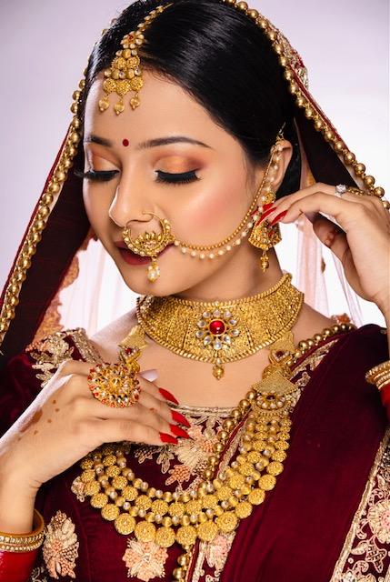 neha-garg-makeup-artist-delhi-ncr