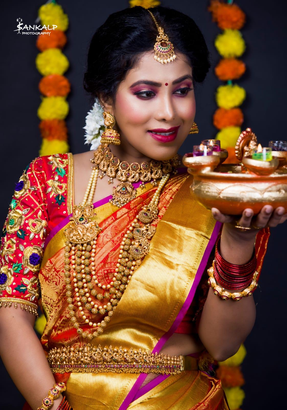 lakshmi-makeup-artist-bangalore-olready